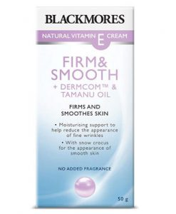 Kem làm căng da mặt Vitamin E tự nhiên Blackmores Natural Vitamin E Cream Firm & Smooth 50gcủa Úc làm mịn da, dưỡng ẩm, giảm nếp nhăn