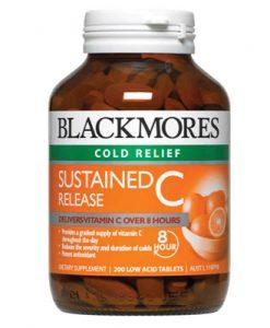 Viên uống chữa cảm nặng Blackmores Sustained Release C 200 Viên cung cấp chất dinh dưỡng và duy trì cho đến hàng nhiều giừo. Vitamin C thường được sử dụng để giảm mức độ nghiêm trọng và thời gian của cảm lạnh và phản ứng dị ứng, và hỗ trợ chữa lành vết thương.
